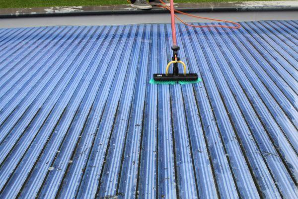sdkcleaning-detailcleaning-zwembadrolluik-onderhouden10742D386-D90F-E94E-6C6C-F0DC846B76E2.jpg